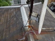 アンテナの台や柱が腐食しているので取替えを提案しました。