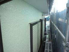 外壁はシリコン塗装、木部は専用の塗装で膨れや剥がれが起きない様な塗装をしました。
