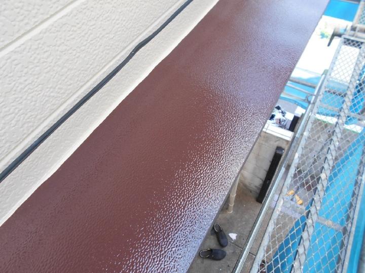 美しい塗膜にほれぼれしてしまいます。目につかない場所でもアマノ建装は妥協せずに塗装を行います。